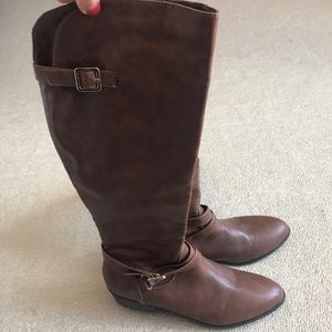NWOT Material Girl knee high brown boots Sz 7.5
